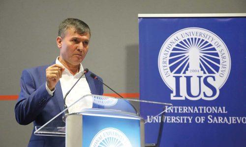 016 Prof. Dr. Ejder Okumuş